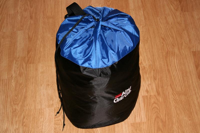 Schwimmanzug verpackt