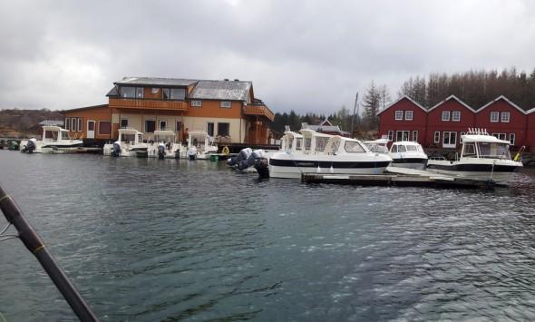 Boote im Hafen - Dolmoy (Hitra)