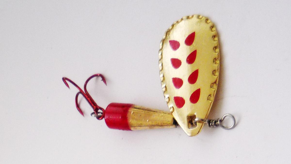 spinner hier gold mit einem muster aus roten punkten - Ngel Muster Selber Machen